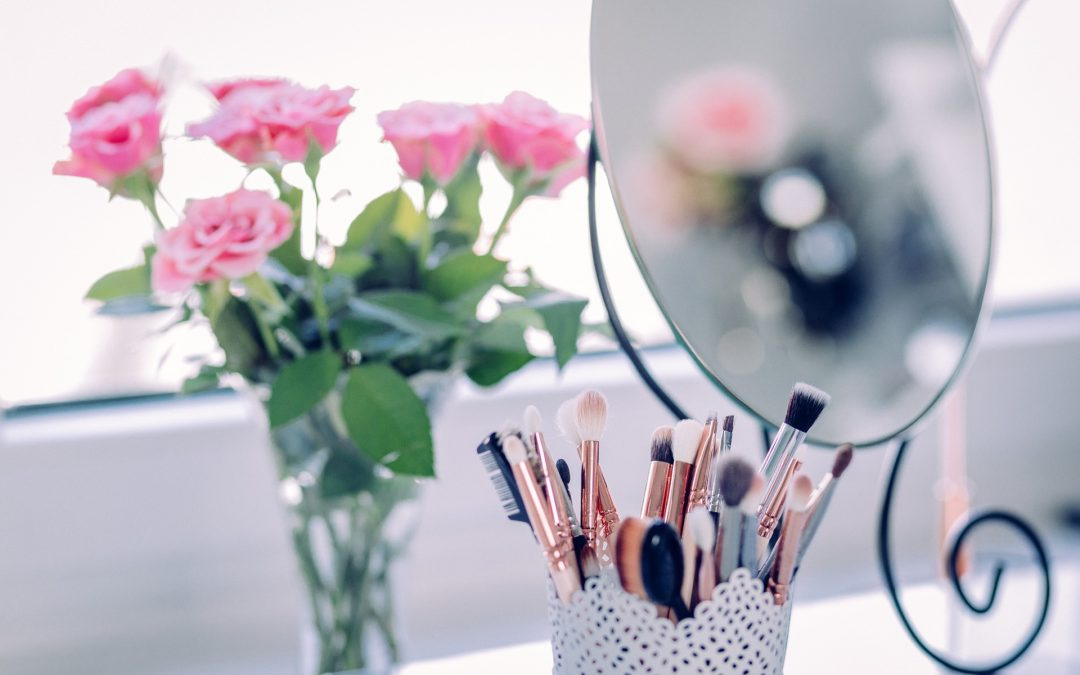 Easy Make up Tricks Every Girl Should Know